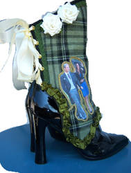 KATE AND WILLIAM ROYAL SPATS by MAIDESTREASURIES