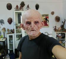 Latex mask fitting test.