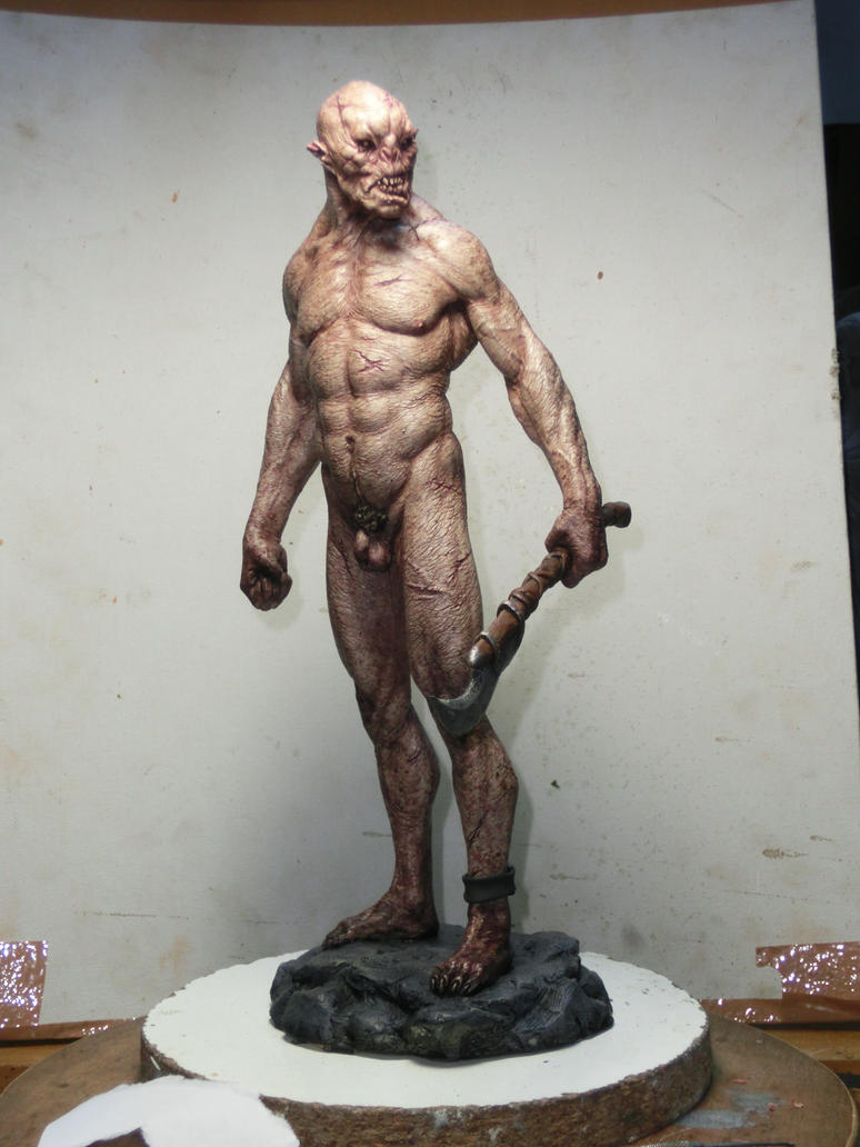 Orc statue painted by BOULARIS