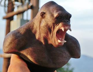 Gorila bust by BOULARIS