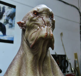 Monster bust b by BOULARIS