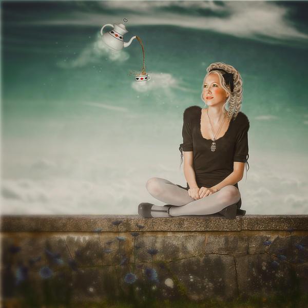 Alice by MelanieMaterne