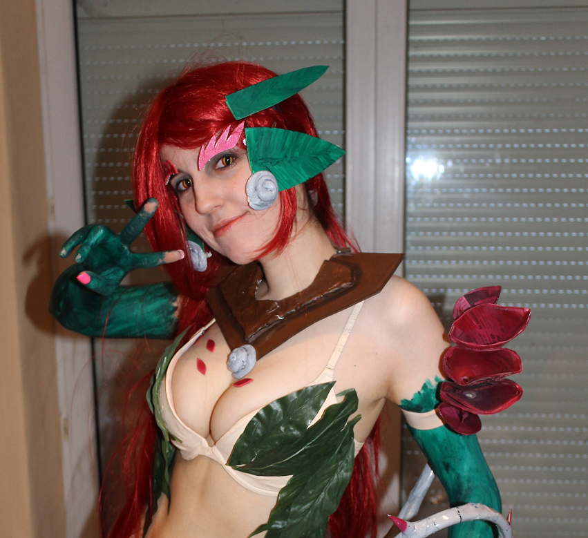 Zyra Cosplay (not finished yet) by VayneTrain on DeviantArt