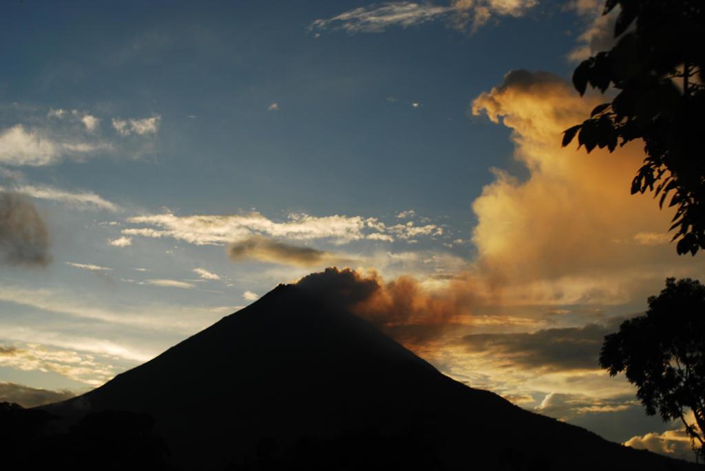 Volcano Arenal 1 by LLukeBE