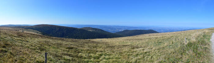 Panorama - Forez summits by LLukeBE