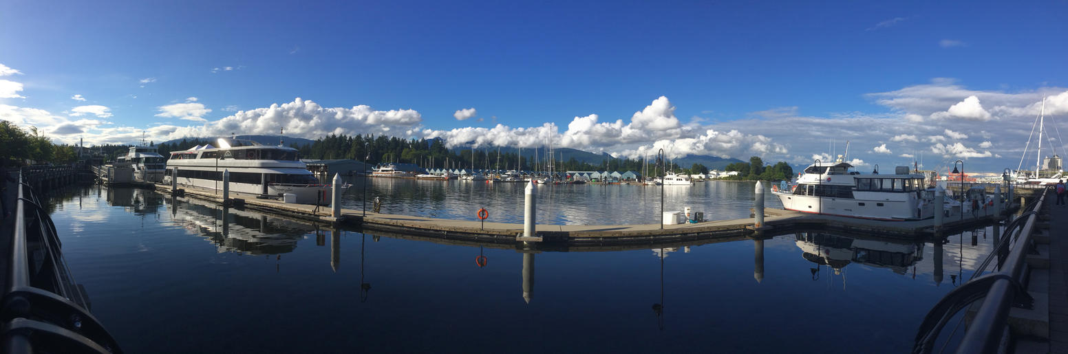 Vancouver by Thamur