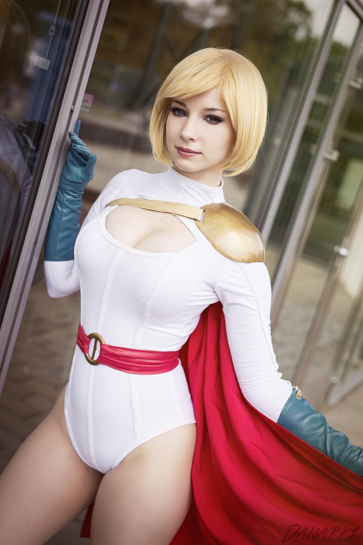 PowerGirl cosplay I by EnjiNight