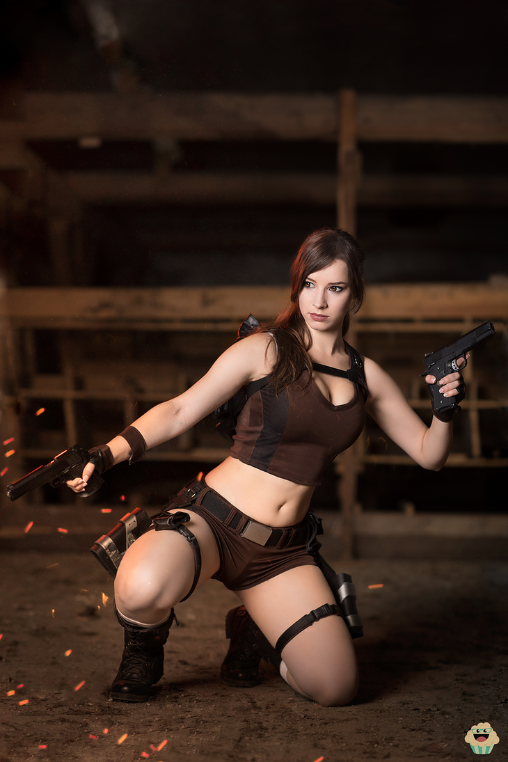 Lara Croft - Tomb Raider cosplay III. by EnjiNight