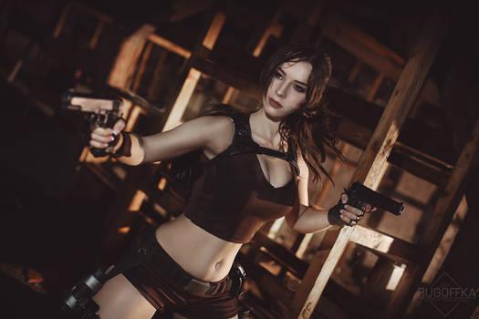 Lara Croft cosplay - Tomb Raider  V.