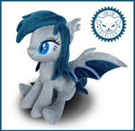 + Sitting Bat Pony Closeup +
