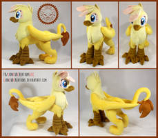 + Plush Commission#3 2020: Golden Plume +