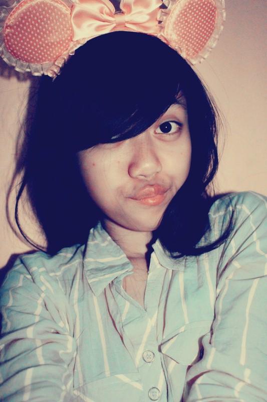 girl by haznaahan