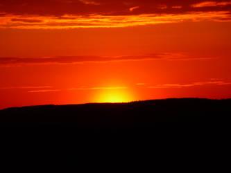 Sun behind Horizont by PanMari