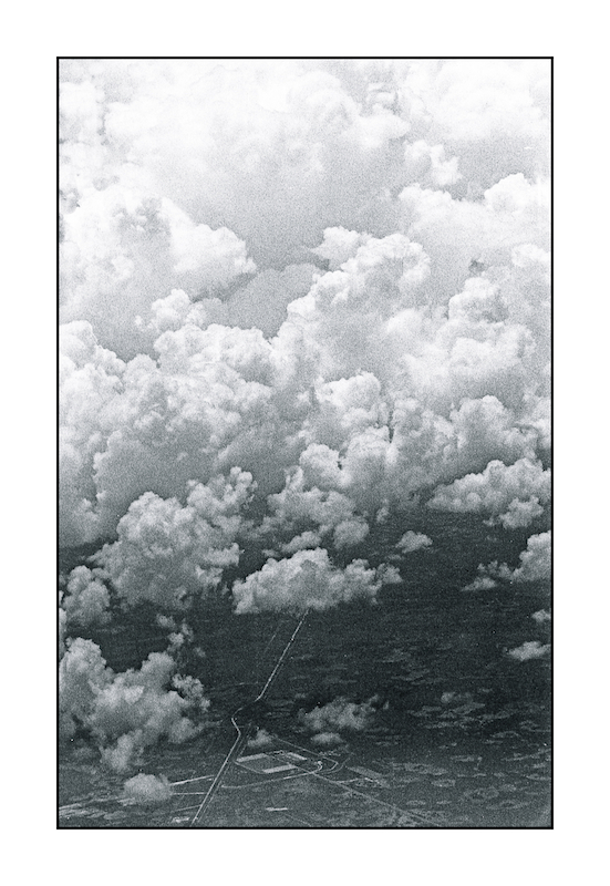 Clouds, a mile up.img512, with story by harrietsfriend