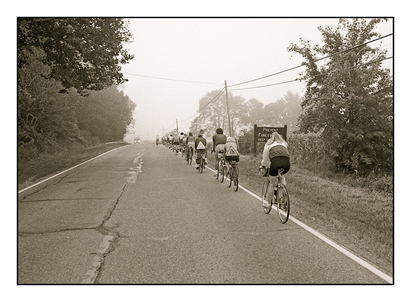 Line of cyclists.img527, with story by harrietsfriend