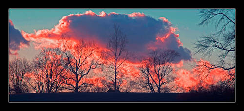 Sky on fire. L1001297, with story by harrietsfriend