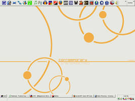 My Desktop as of 11-18-05 by Yomon