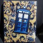 Framed TARDIS perler