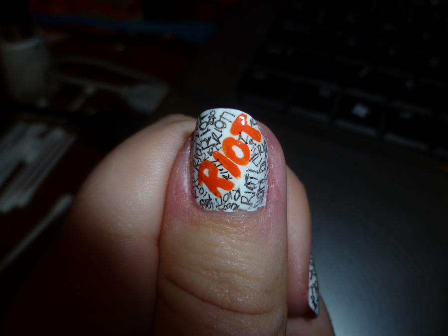Paramore RIOT Nail Art Thumb by kkmaree on DeviantArt