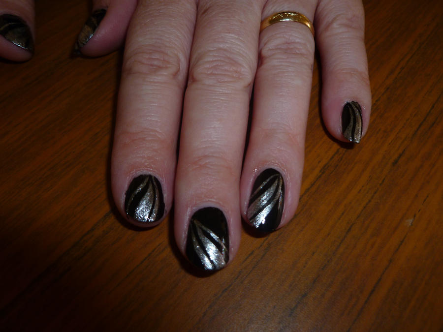 Nail Art Designs With Black And Silver: The world s catalog of ideas.