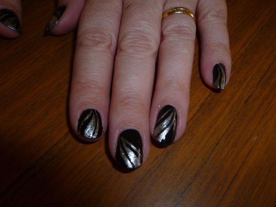 silver glitter nail designs