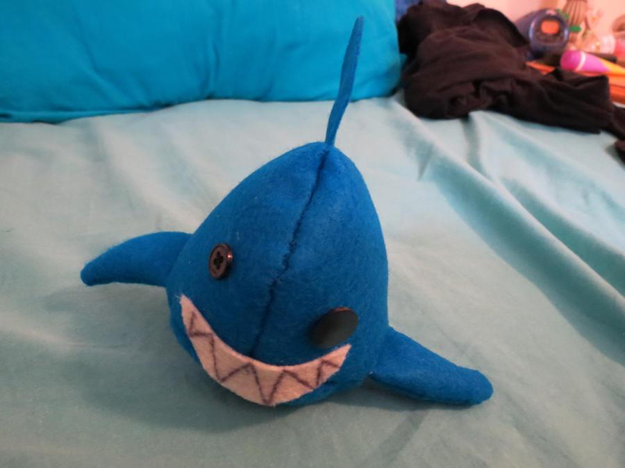 Spam thread - Page 6 Derp_shark_doll_by_cassluvsmusic-d5b5der