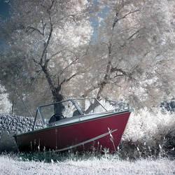 Little boat by Anrold