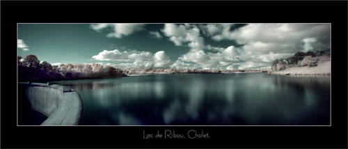 Lac de Ribou, France by Anrold