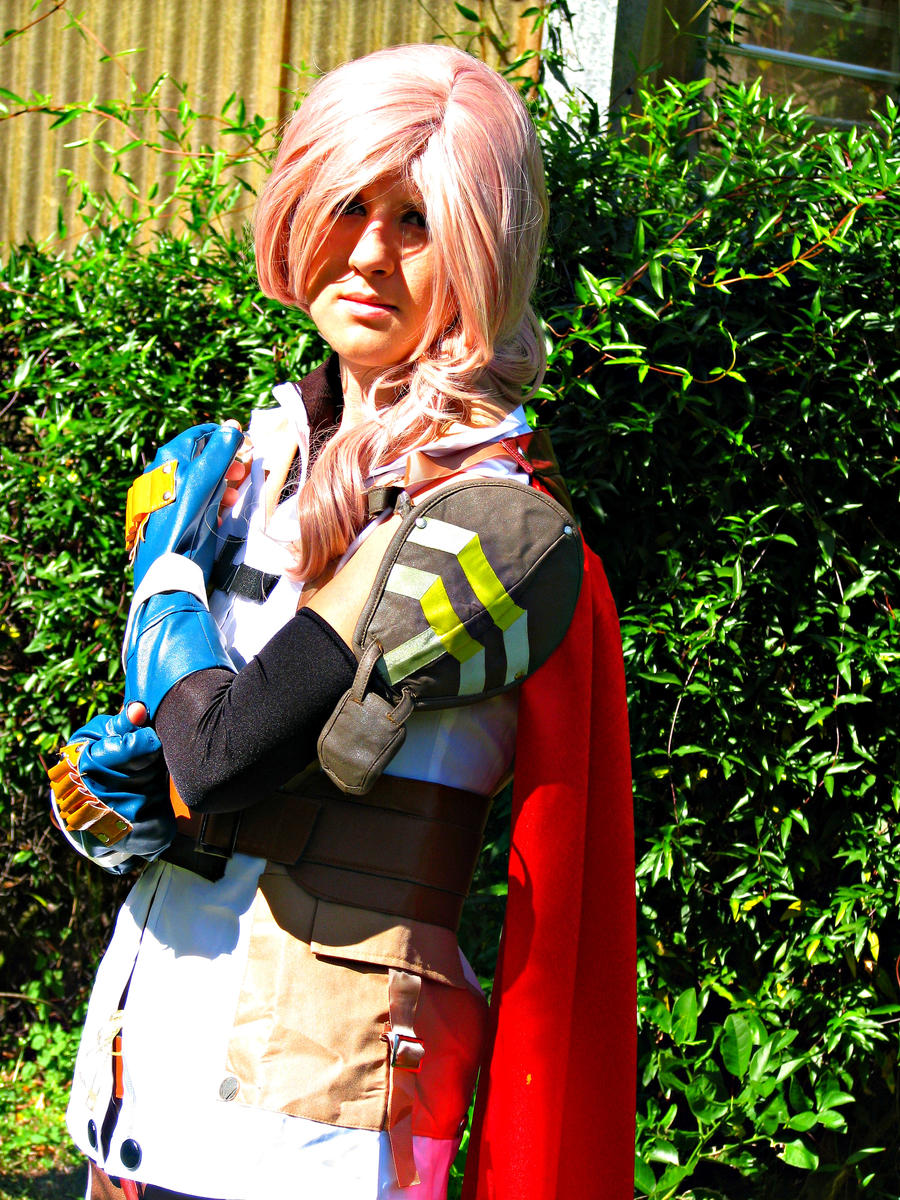 Lightning Cosplay - Final Fantasy 13 by MelodiousDeviant ...