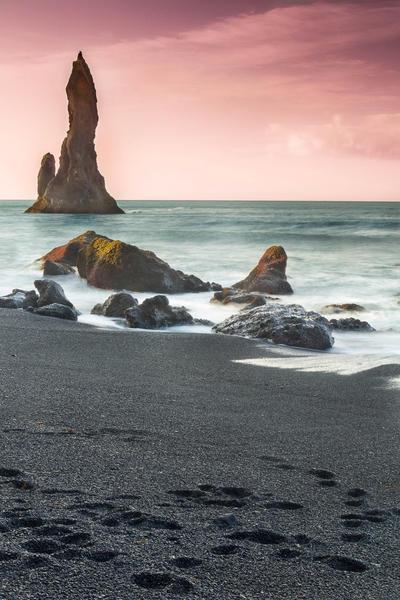 Reynisdrangur Sea Stacks, Iceland by cwaddell