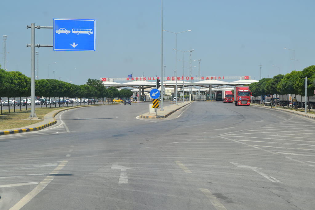 Edirne Kapikule border crossing of Bulgaria-Turkey by nigghttmaree