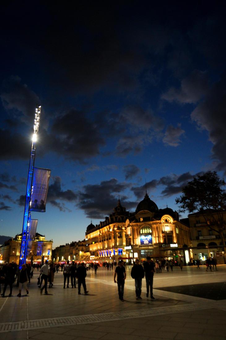 City at Night by phodynn