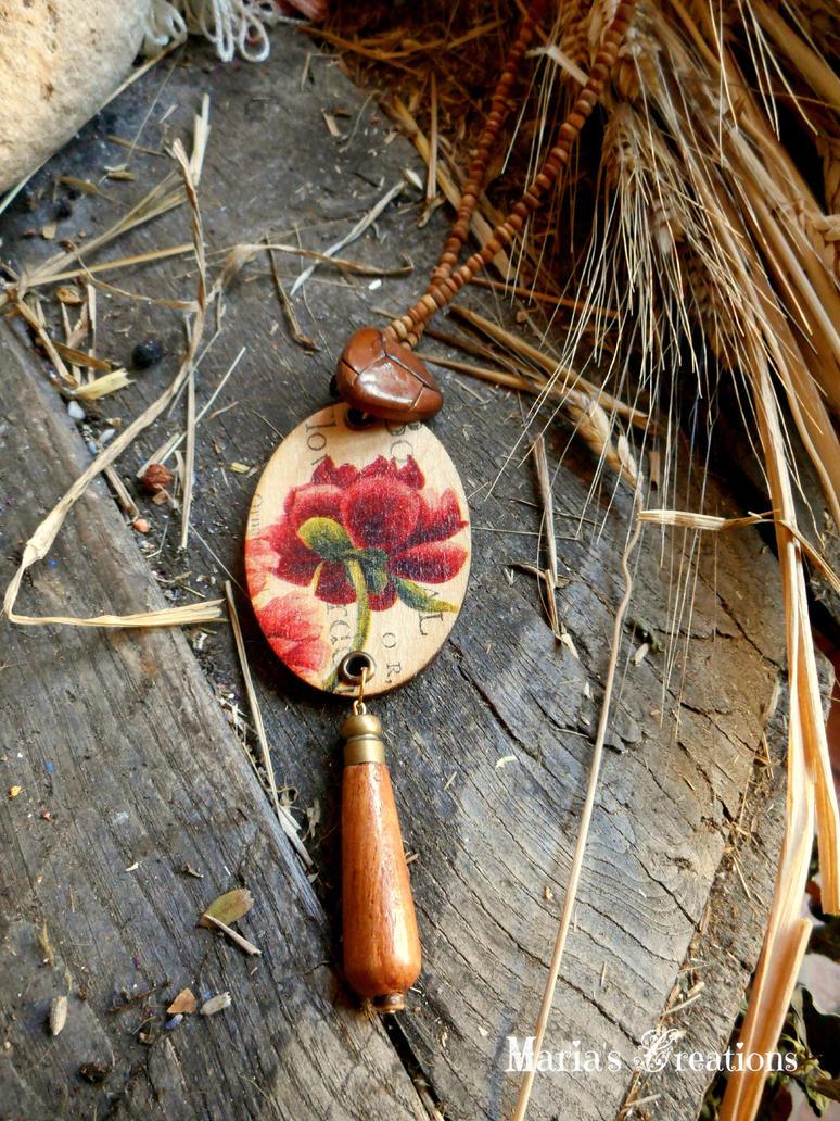 Wooden decoupaged necklace by marakigr