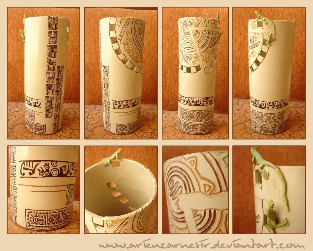 motifs of maya on vase 2
