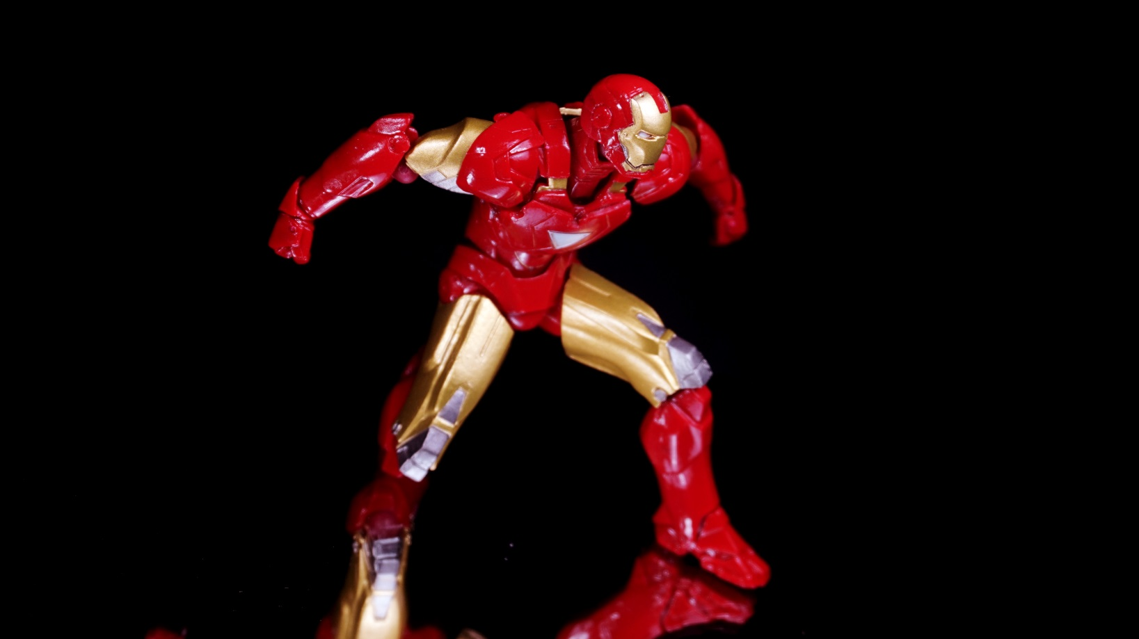Revol mini iron man mark vi 09 by infinitevirtue on deviantart - Mini iron man ...