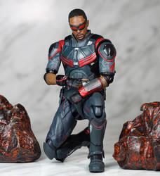 SH Figuarts Infinity War Falcon 04