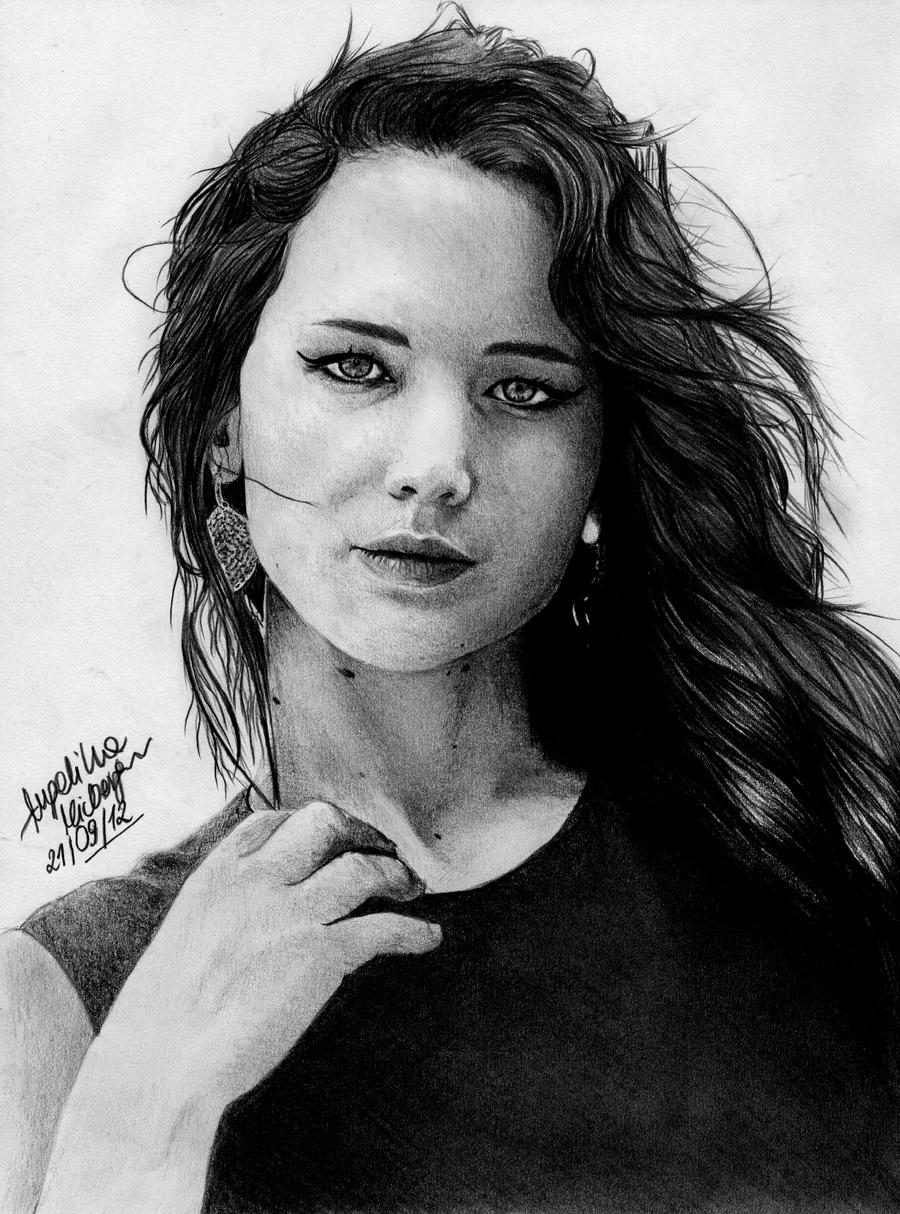 Jennifer Lawrence by angiebelikejolie
