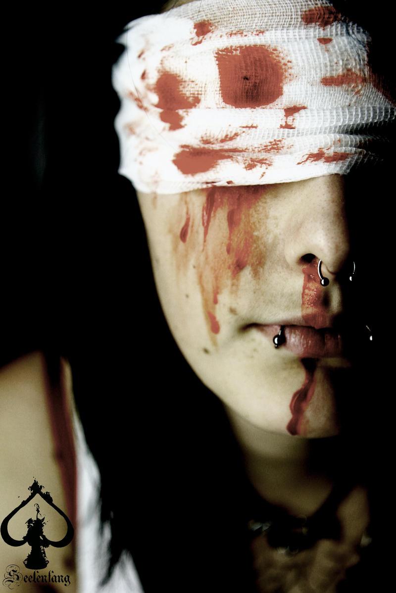 ReisInvasion Status Blood VII by HopTuNaa