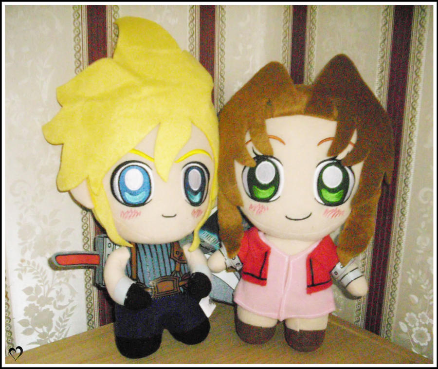 Cloud and Aerith plushie by MissMinority