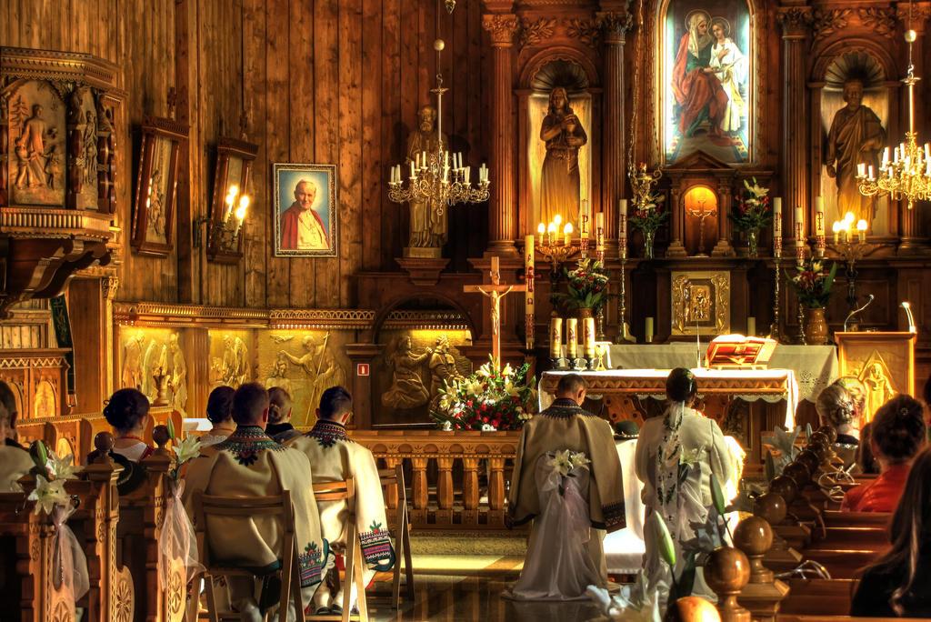 Kosciol pod wezwaniem swietej Anny w Zebie by matchieck