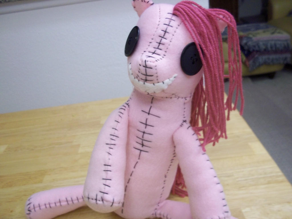 Creepy Pinkamena Doll by charletothemagne