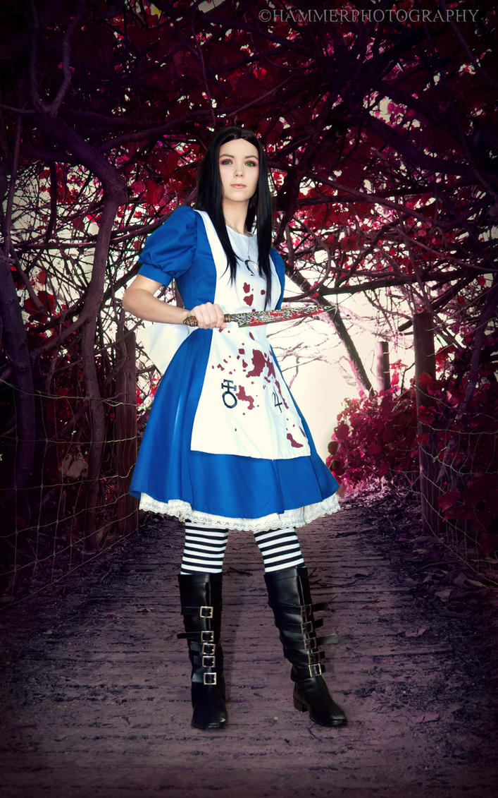 Alice in the forest ~ by Izzybella4