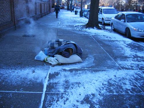 http://orig01.deviantart.net/7103/f/2014/014/0/3/cold_homeless_man_by_zanotron-d7281ud.jpg