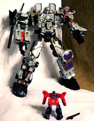 Combiner Wars Megatronus Maximus v.1.0 by TrueError