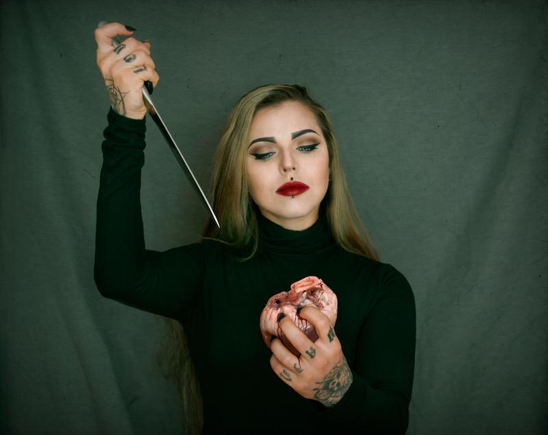 Heart stabber I by xAsOnex