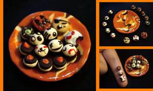 Halloween Treats by kalos-eidos-skopein