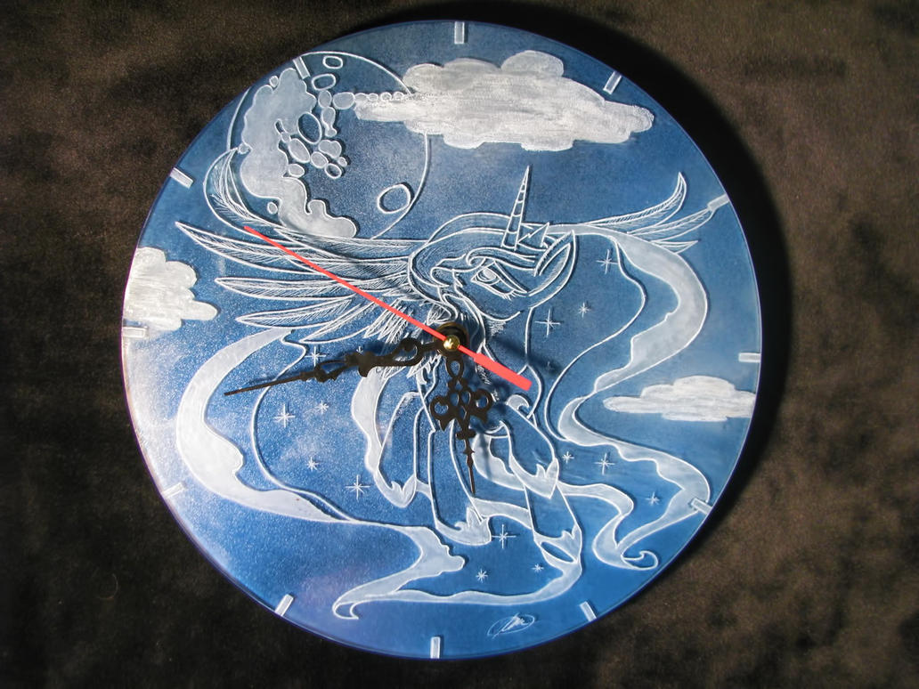 Clock Luna (engrave glass) by Cerebralis