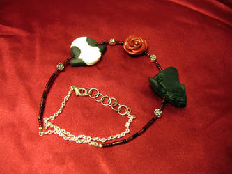 Haru+Rin Rose Chain