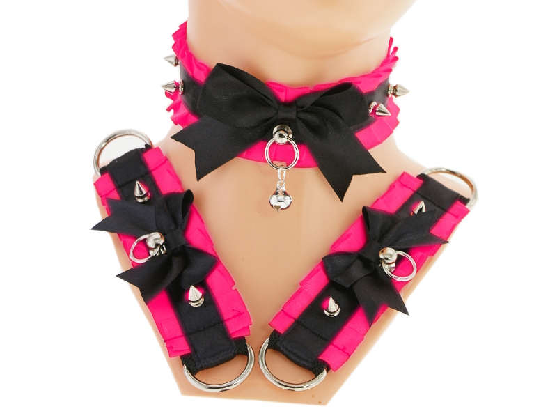 Black pink kitten play collar and cuffs, bracelet, by Eusebie