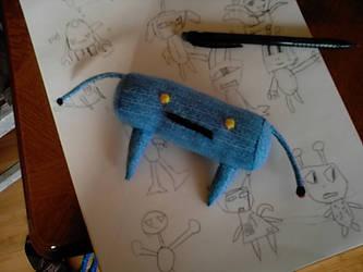 Blue 'Magnet Handed' Robot by Bissuma